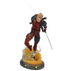 "Deadpool - Unmasked Deadpool Marvel Gallery 10"" PVC Diorama Statue"