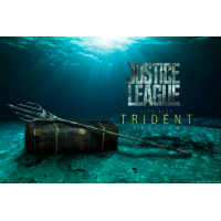 Justice League - Aquaman's Trident with Treasure Chest Life-Size Replica