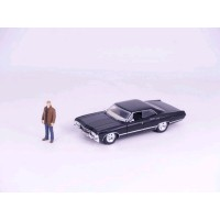 Supernatural - '67 Chevy Impala with Dean 1:24 Scale Hollywood Ride